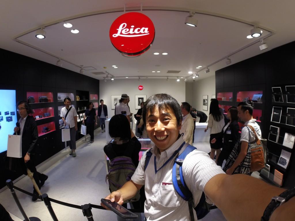 10階の店舗。Leicaのロゴマークが輝く