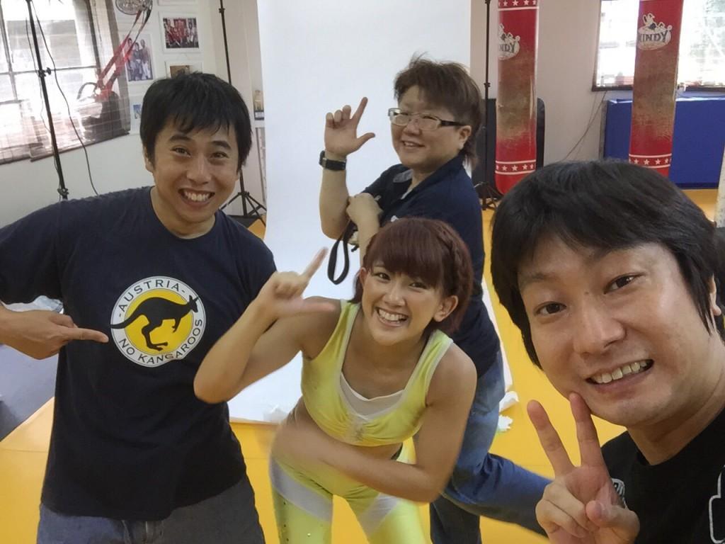 左から私・石本さん・ARIKINさん (C) ARIKIN