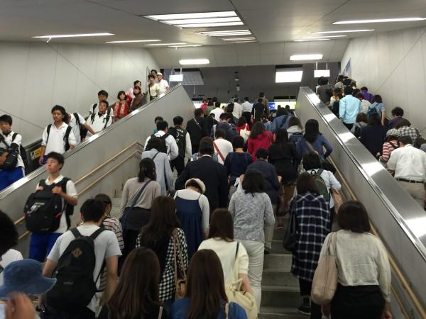 JR京都駅構内は大混雑!