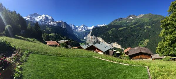 JOBBB444 スイス支局イメージ